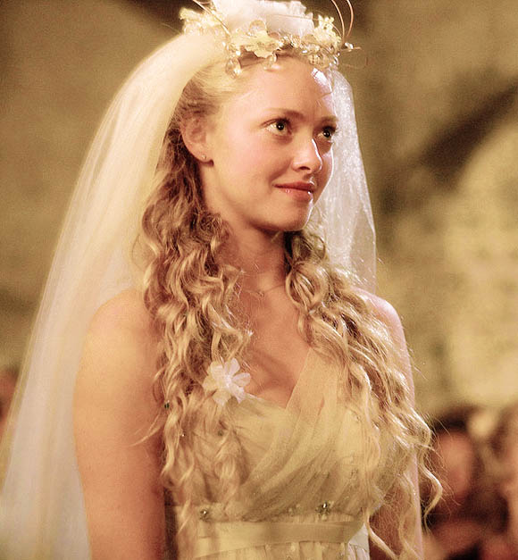 Movie Bride Amanda Seyfreid