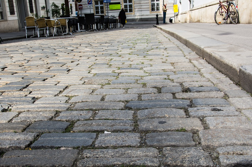 cobblestones paving pattern