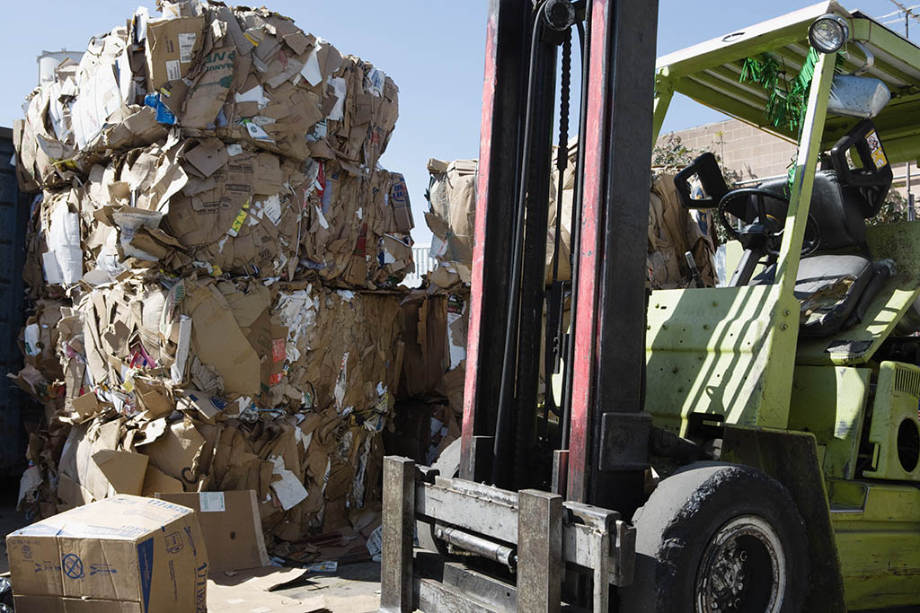 recycling crisis disrupts waste managment services
