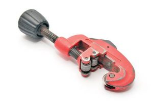 plumbing tools - pipe cutter