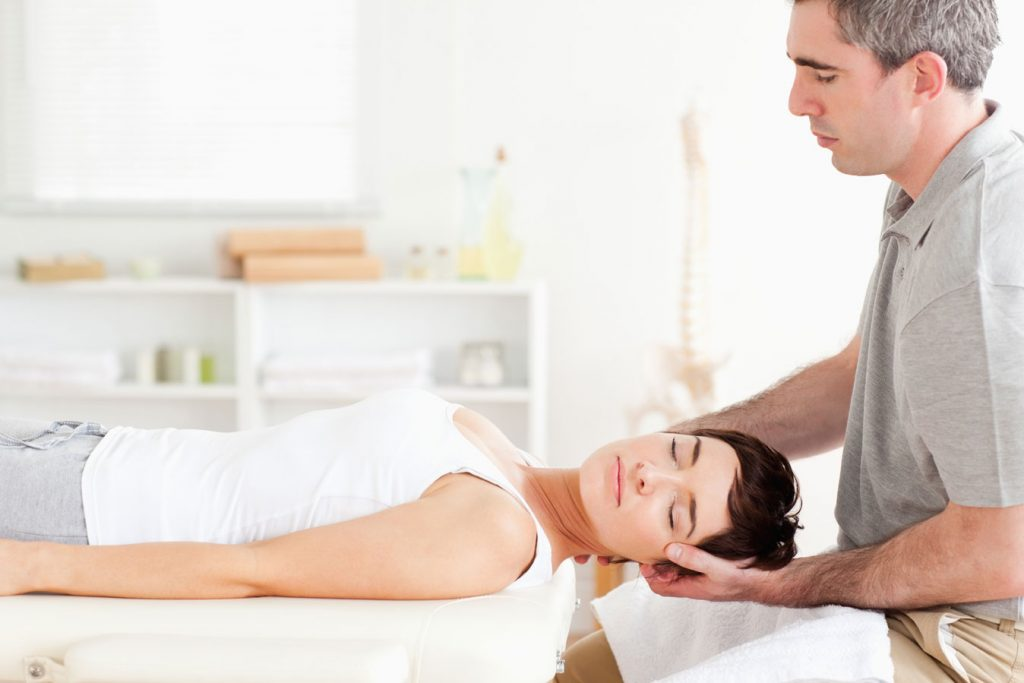 what does a physiotherapist do